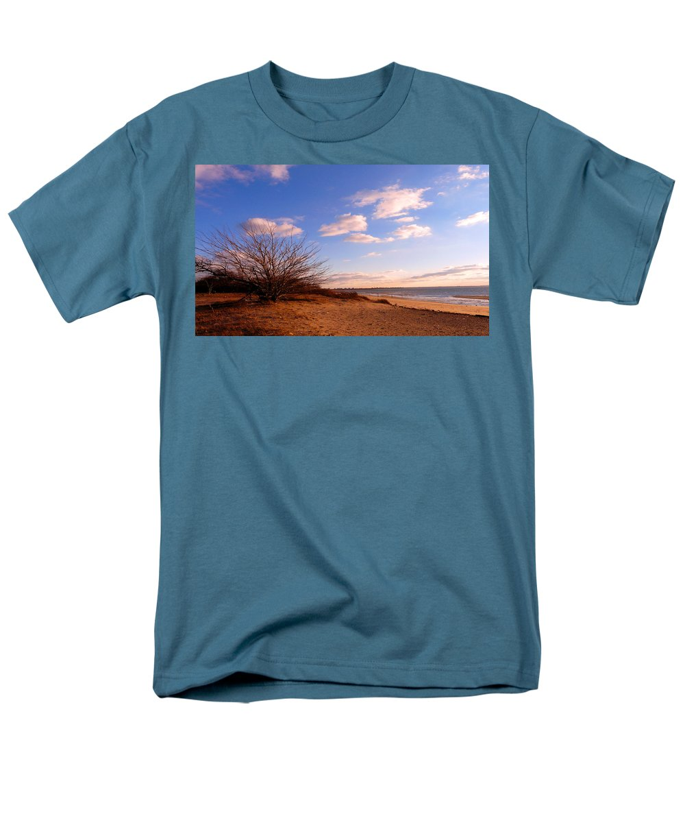 Landscape Men's T-Shirt (Regular Fit) featuring the photograph Listen To The Quiet by Kendall Eutemey