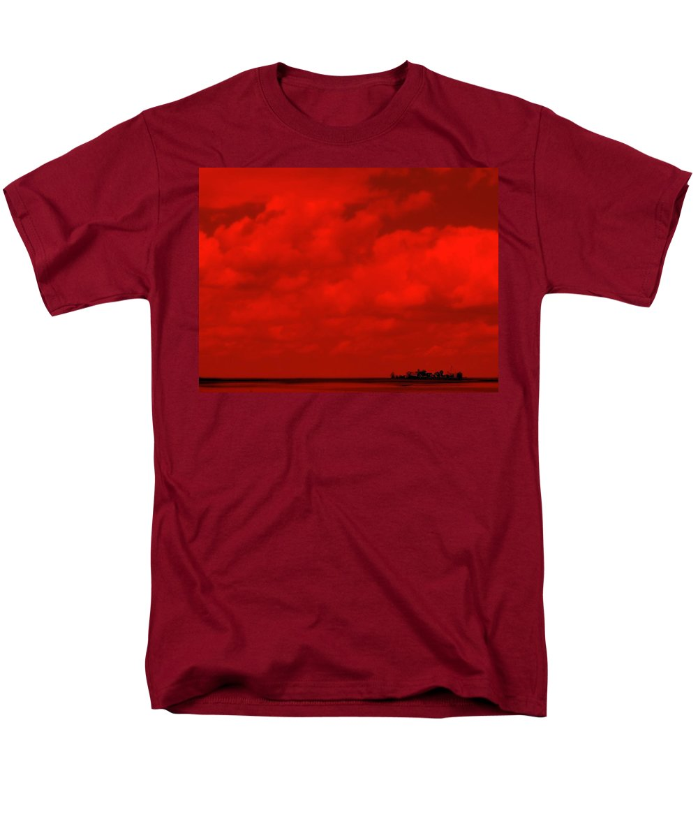 Sky Men's T-Shirt (Regular Fit) featuring the photograph Life On Mars by Edward Smith