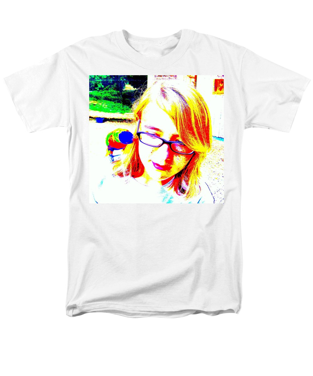 Bird Men's T-Shirt (Regular Fit) featuring the photograph Can You Hear Me Now by Edward Smith