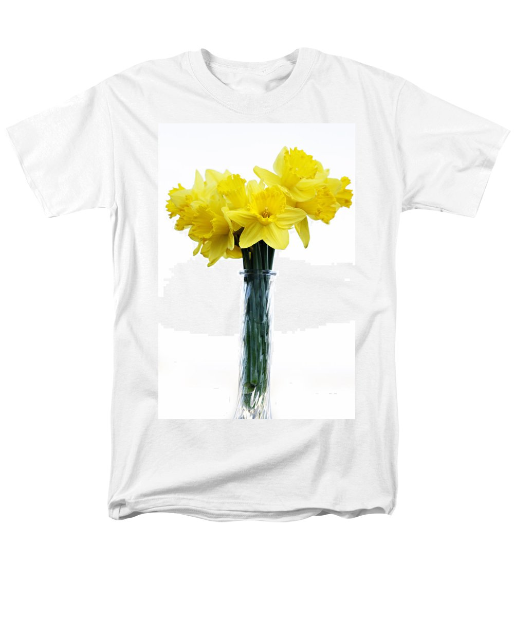 Daffodil Men's T-Shirt (Regular Fit) featuring the photograph Daffodil by Marilyn Hunt