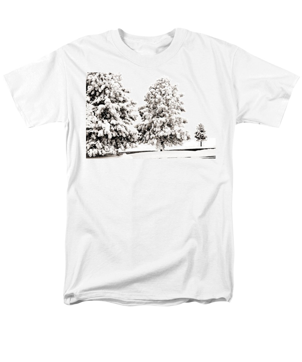 Trees Men's T-Shirt (Regular Fit) featuring the photograph Family Of Trees by Marilyn Hunt