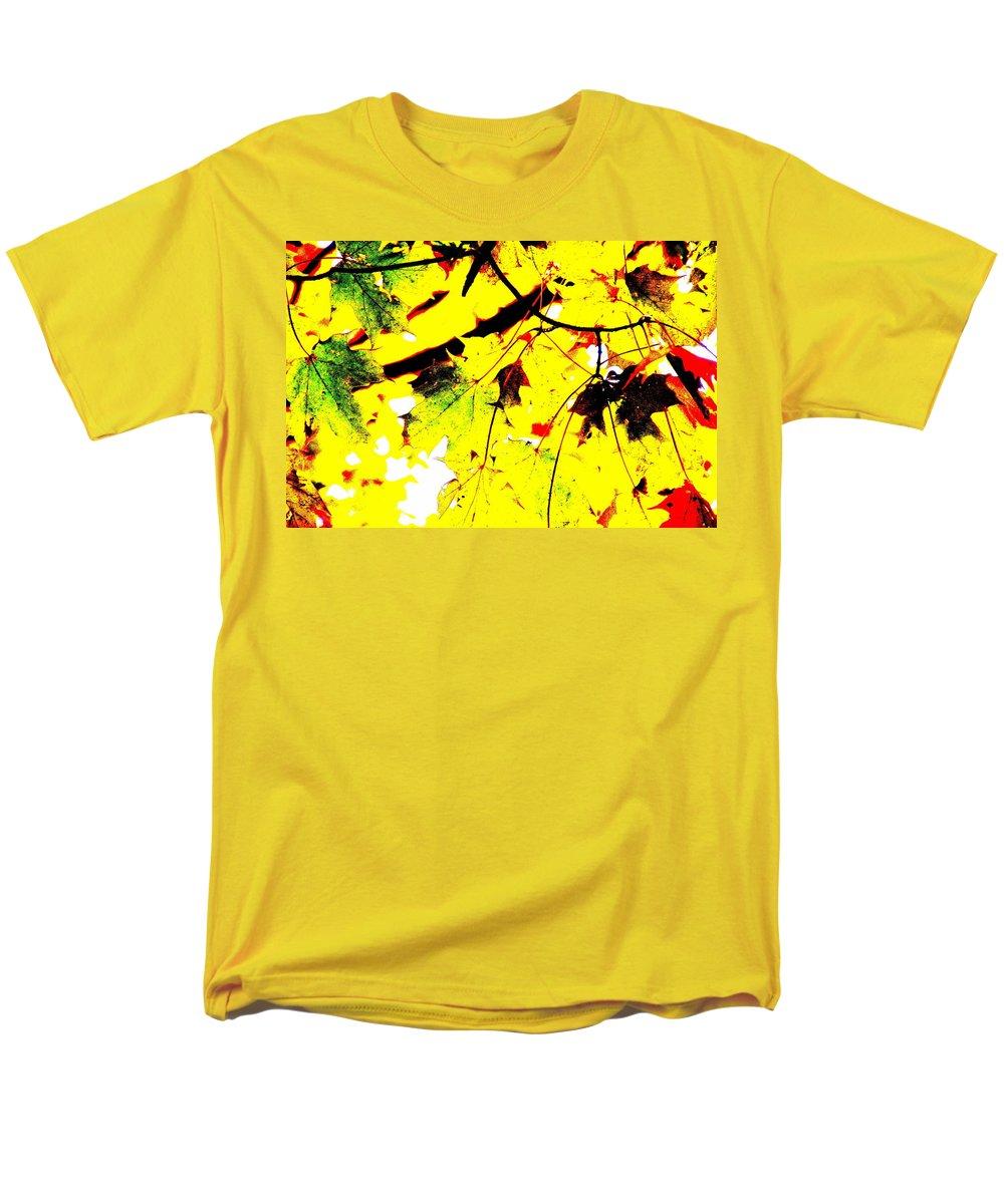 Lemonade Men's T-Shirt (Regular Fit) featuring the photograph Lemonade by Edward Smith