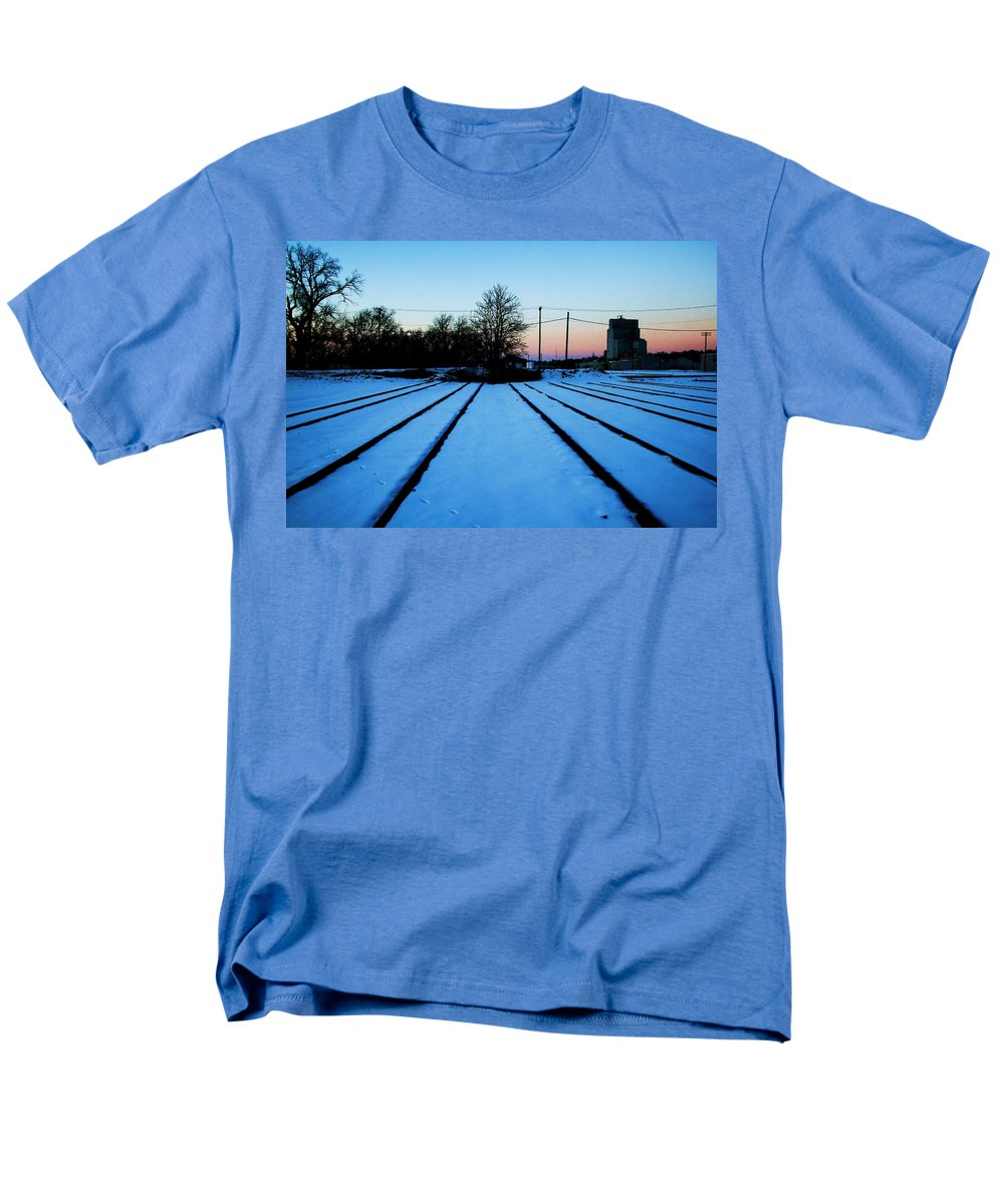 Sunset Men's T-Shirt (Regular Fit) featuring the photograph End Of The Tracks by Angus Hooper Iii