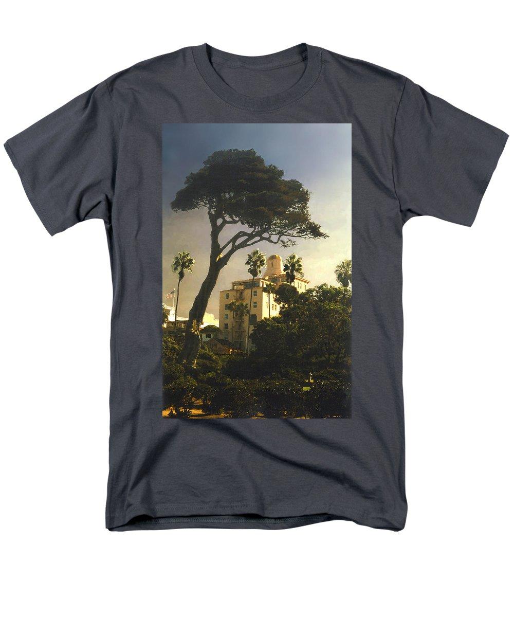Landscape Men's T-Shirt (Regular Fit) featuring the photograph Hotel California- La Jolla by Steve Karol