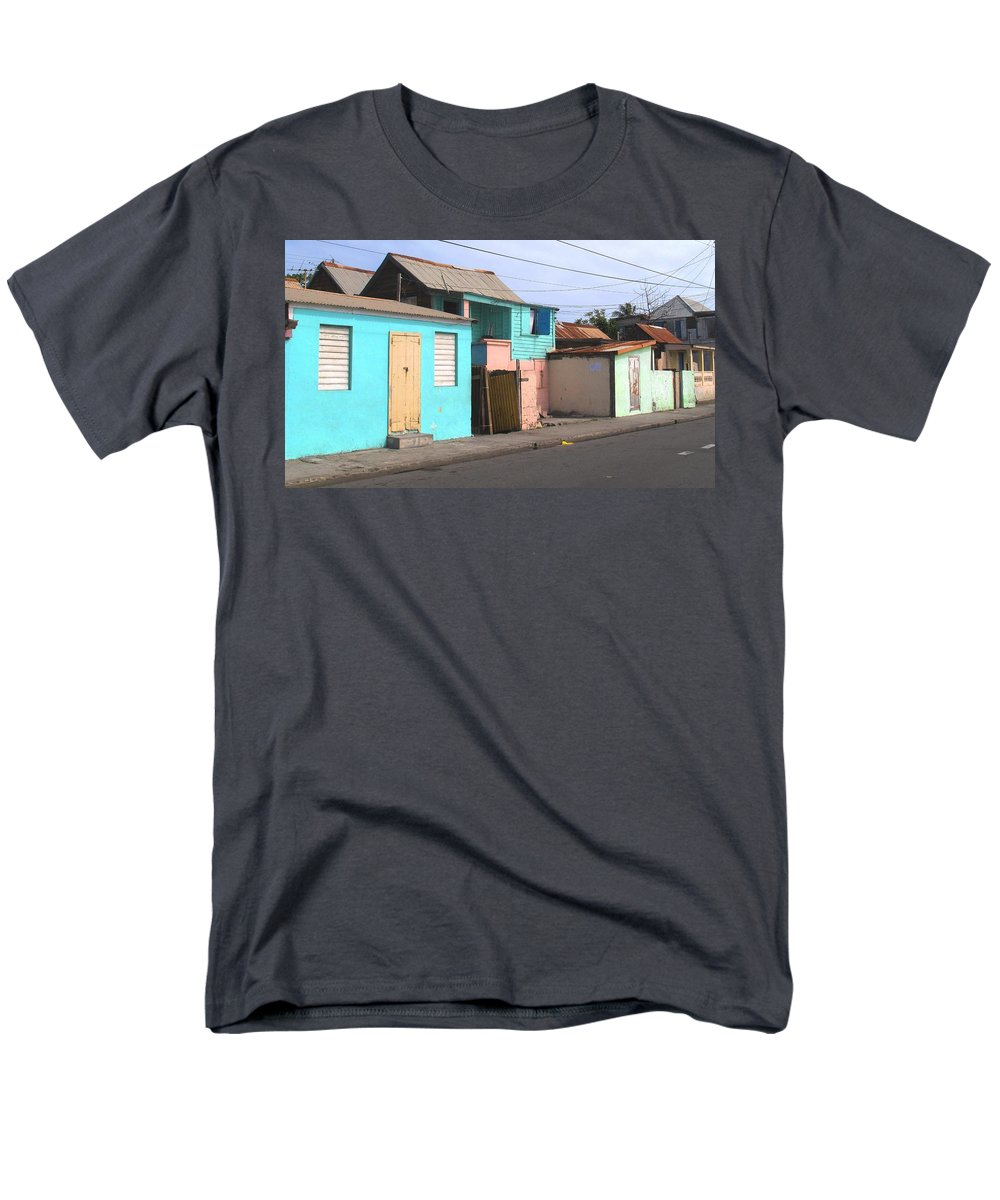 St Kitts Men's T-Shirt (Regular Fit) featuring the photograph Along Bay Road by Ian MacDonald