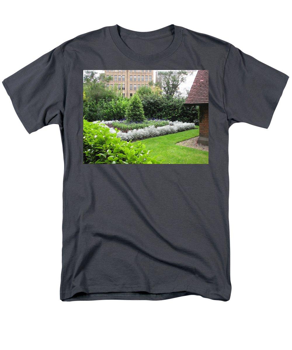 Ireland Men's T-Shirt (Regular Fit) featuring the photograph St. Stephen's Garden by Kelly Mezzapelle