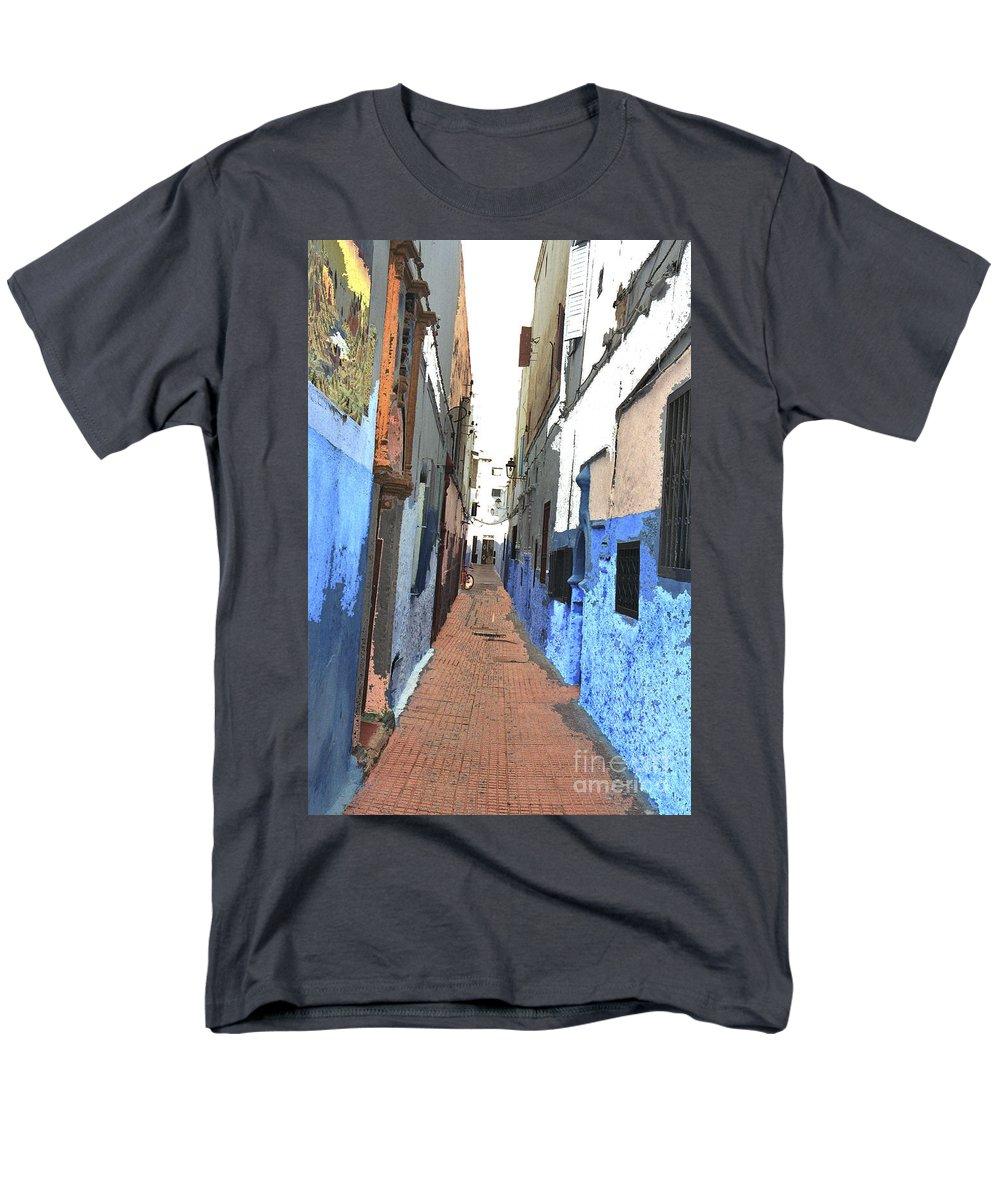 Urban Men's T-Shirt (Regular Fit) featuring the photograph Urban scene by Hana Shalom