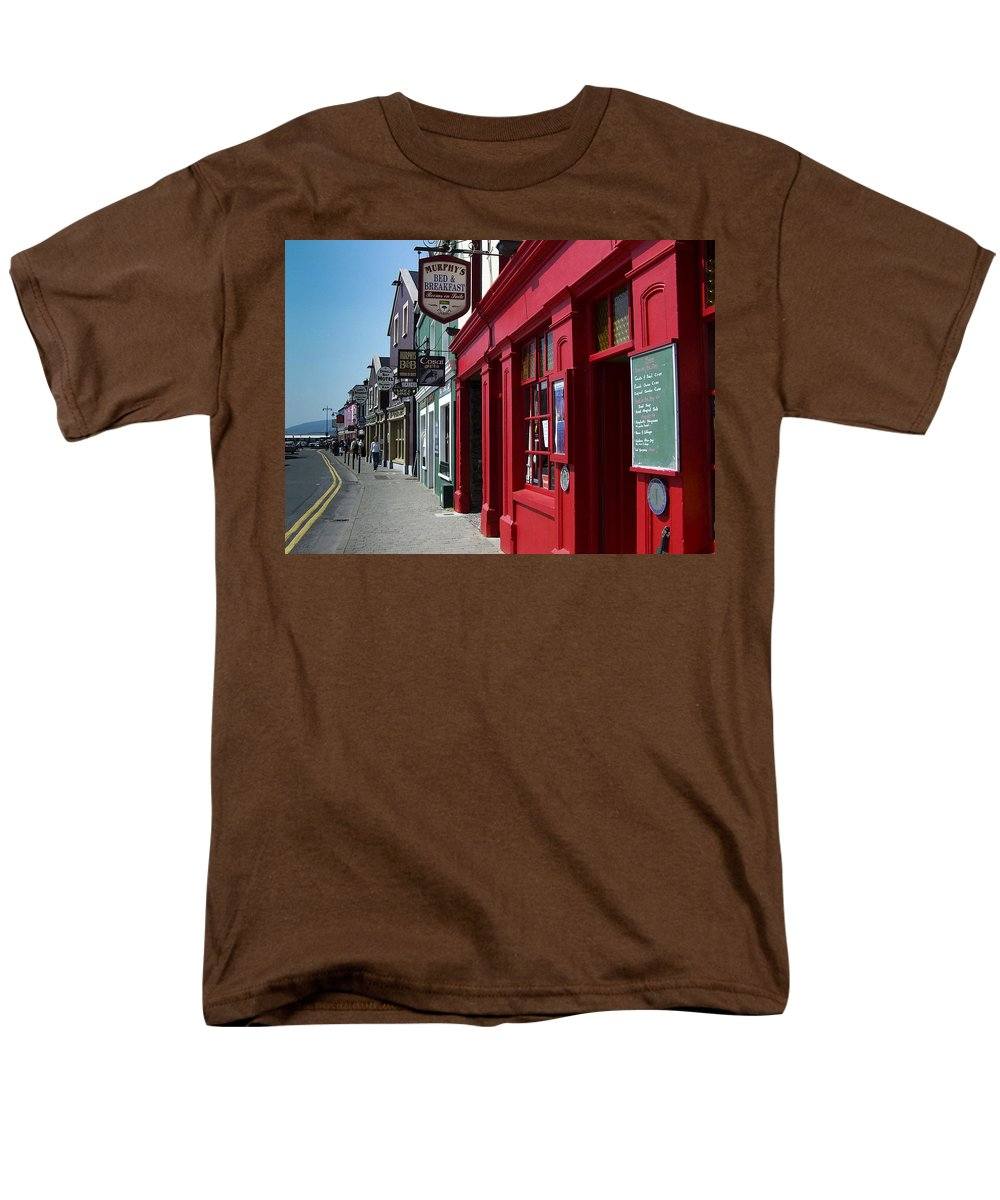 Irish Men's T-Shirt (Regular Fit) featuring the photograph Murphys Bed and Breakfast Dingle Ireland by Teresa Mucha