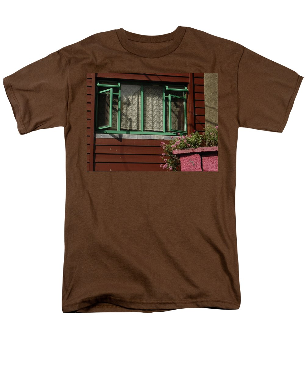 Thomastown Men's T-Shirt (Regular Fit) featuring the photograph Thomastown by Kelly Mezzapelle