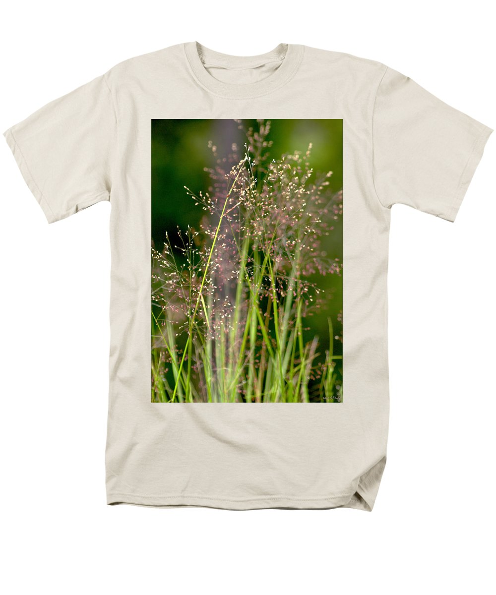 Floral Men's T-Shirt (Regular Fit) featuring the photograph Memories of Springtime by Holly Kempe