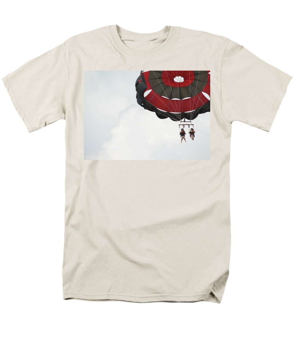 Parasail Men's T-Shirt (Regular Fit) featuring the photograph Up Up and Away by Kelly Mezzapelle