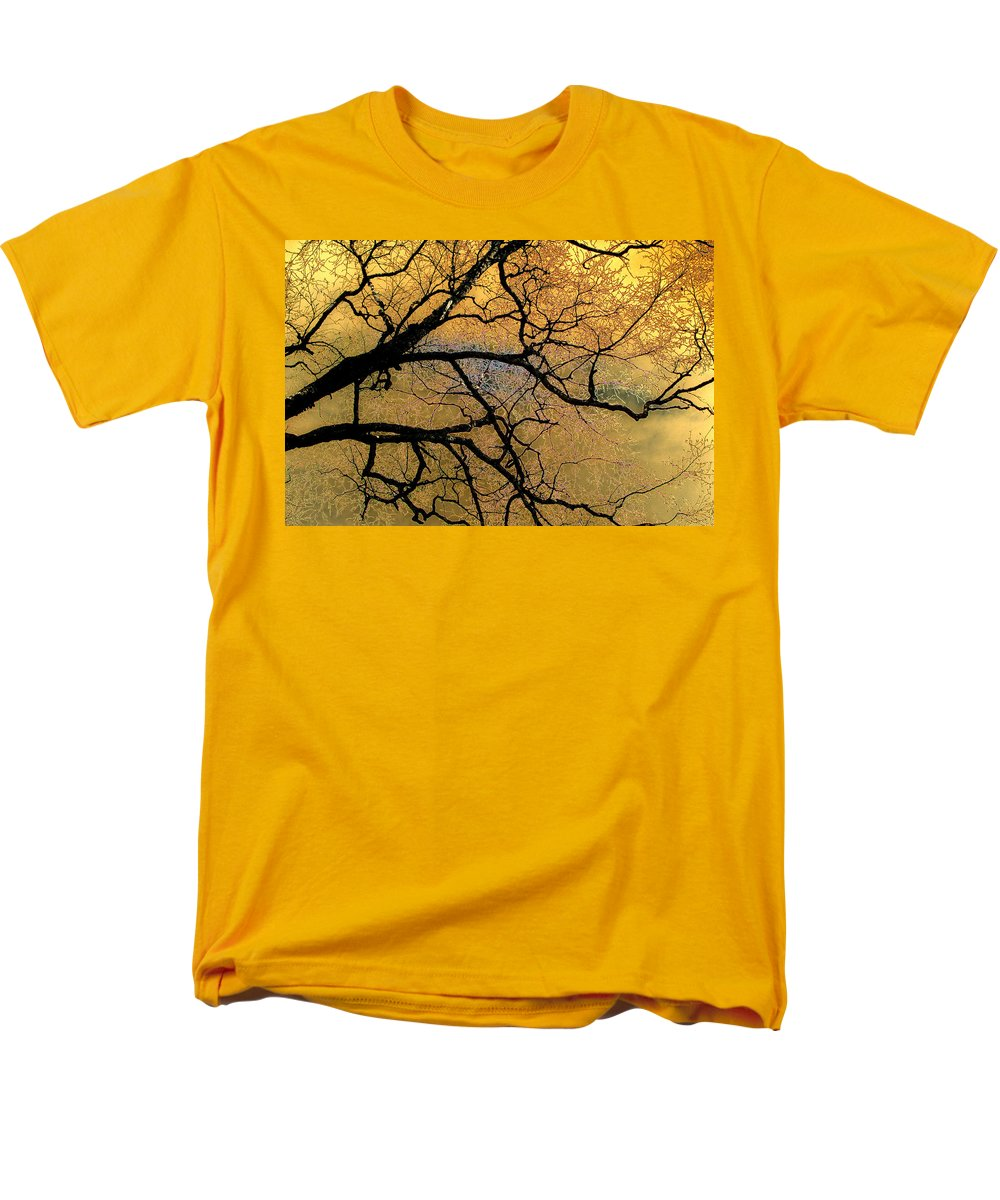 Scenic Men's T-Shirt (Regular Fit) featuring the photograph Tree Fantasy 7 by Lee Santa