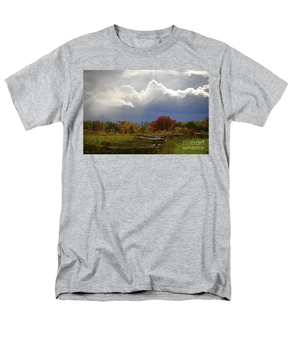 Landscape Men's T-Shirt (Regular Fit) featuring the photograph Cold front by Robert Pearson