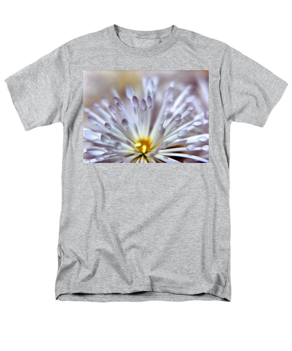 Macro Men's T-Shirt (Regular Fit) featuring the photograph Macro Flower 3 by Lee Santa