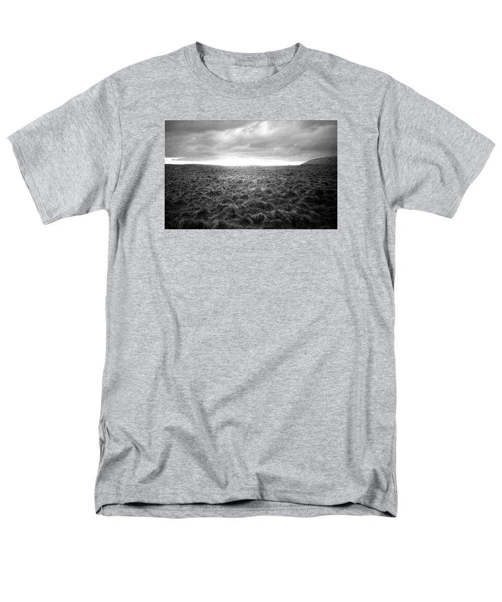 Landscape Men's T-Shirt (Regular Fit) featuring the photograph Opening by Ted M Tubbs