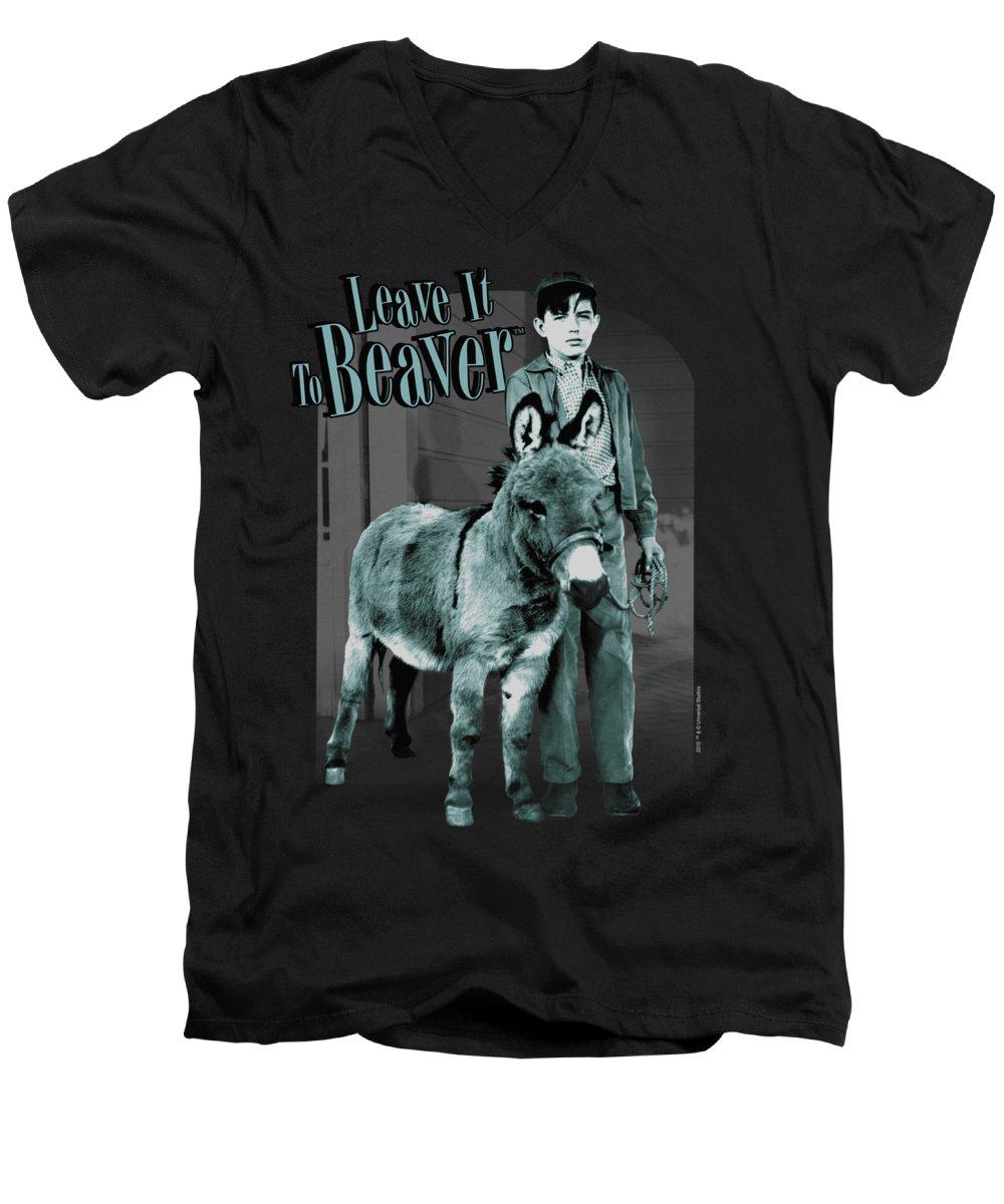 Beaver V-Neck T-Shirts