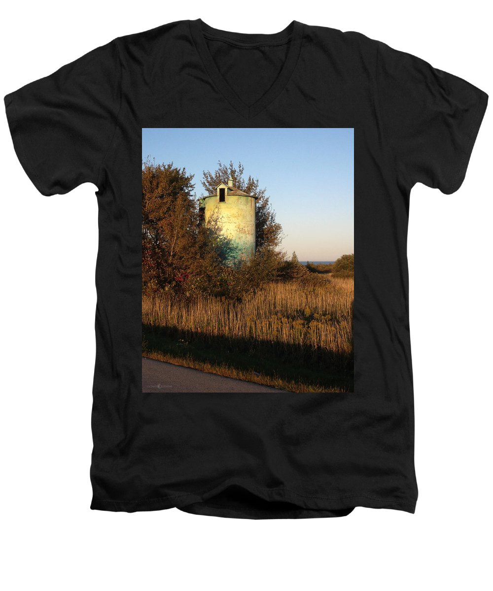 Silo Men's V-Neck T-Shirt featuring the photograph Aqua Silo by Tim Nyberg