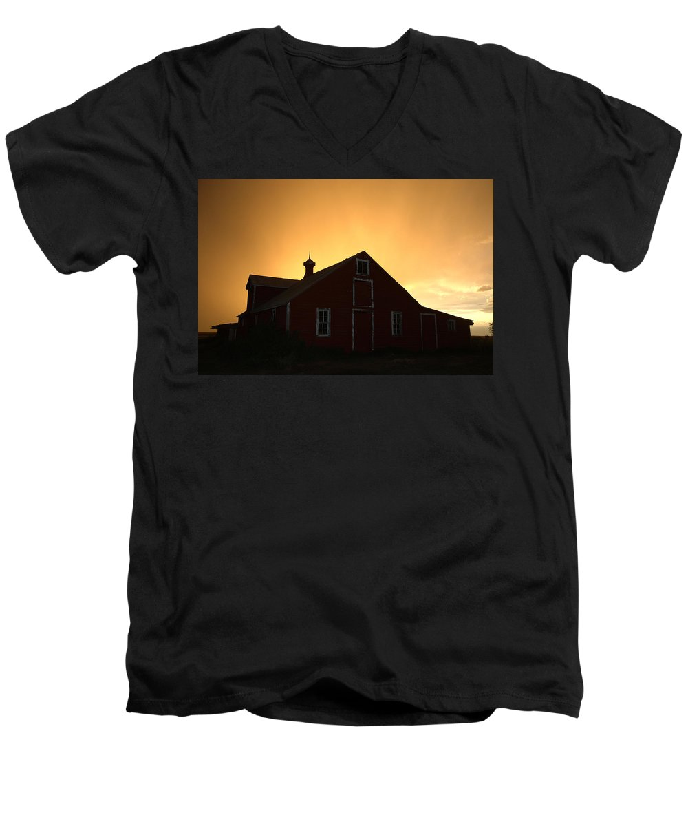 Barn Men's V-Neck T-Shirt featuring the photograph Barn At Sunset by Jerry McElroy