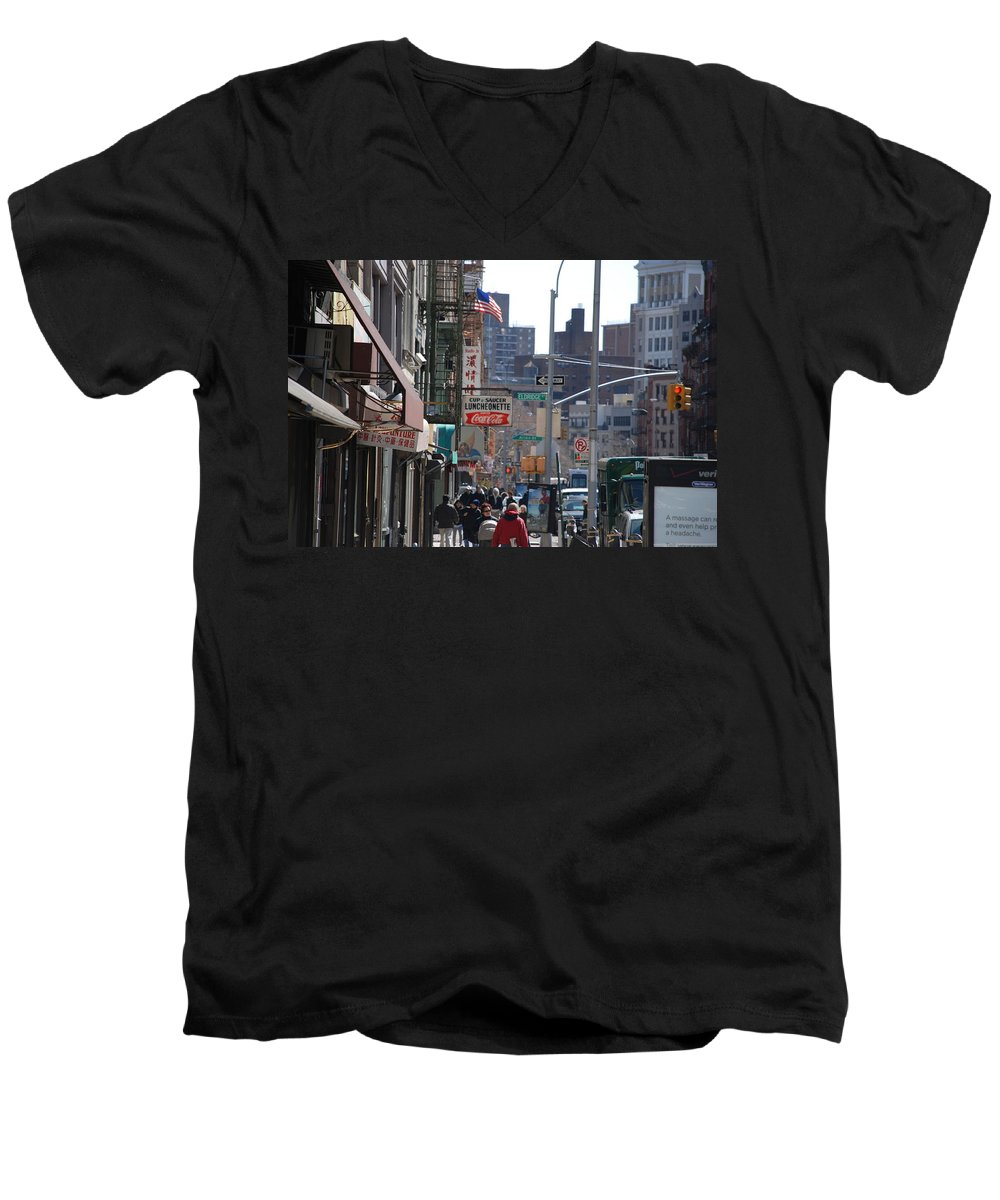 Architecture Men's V-Neck T-Shirt featuring the photograph Canal And Eldridge by Rob Hans