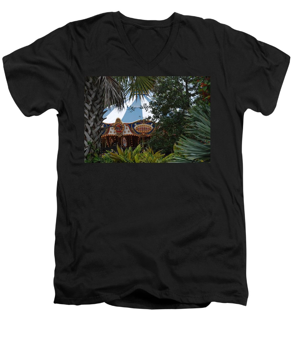 Architecture Men's V-Neck T-Shirt featuring the photograph Fun Thru The Trees by Rob Hans