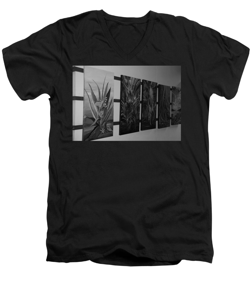 Black And White Men's V-Neck T-Shirt featuring the photograph Hanging Art by Rob Hans
