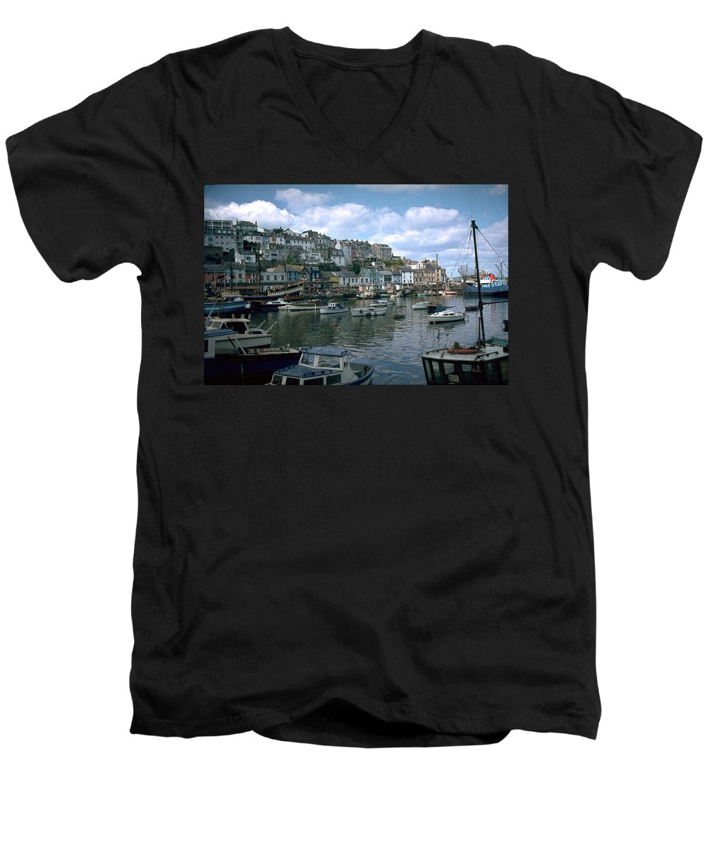 Great Britain Men's V-Neck T-Shirt featuring the photograph Harbor by Flavia Westerwelle