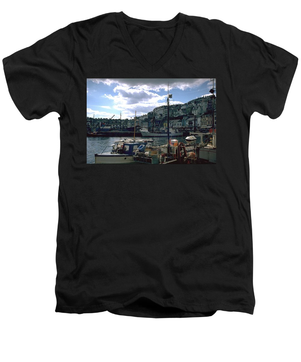 Great Britain Men's V-Neck T-Shirt featuring the photograph Harbor II by Flavia Westerwelle