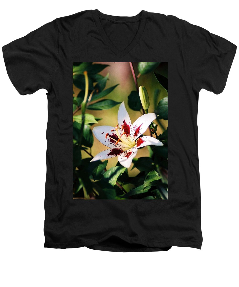 Flower Men's V-Neck T-Shirt featuring the photograph Lily by Steve Karol