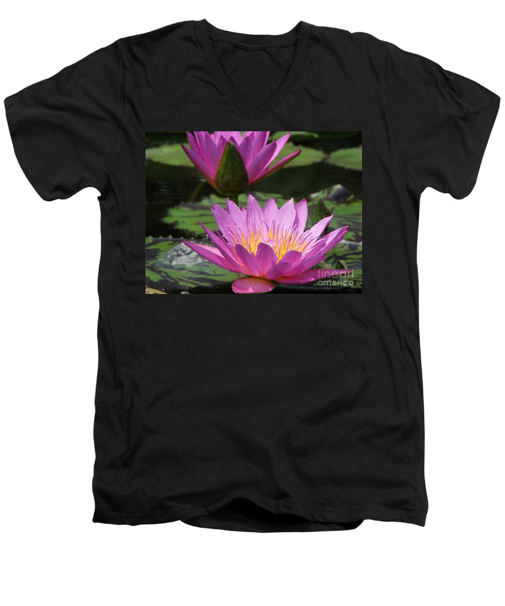 Lillypad Men's V-Neck T-Shirt featuring the photograph Peaceful by Amanda Barcon