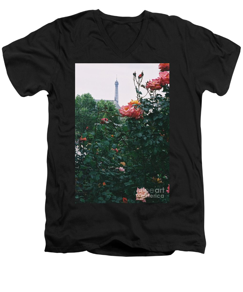 Roses Men's V-Neck T-Shirt featuring the photograph Pink Roses And The Eiffel Tower by Nadine Rippelmeyer