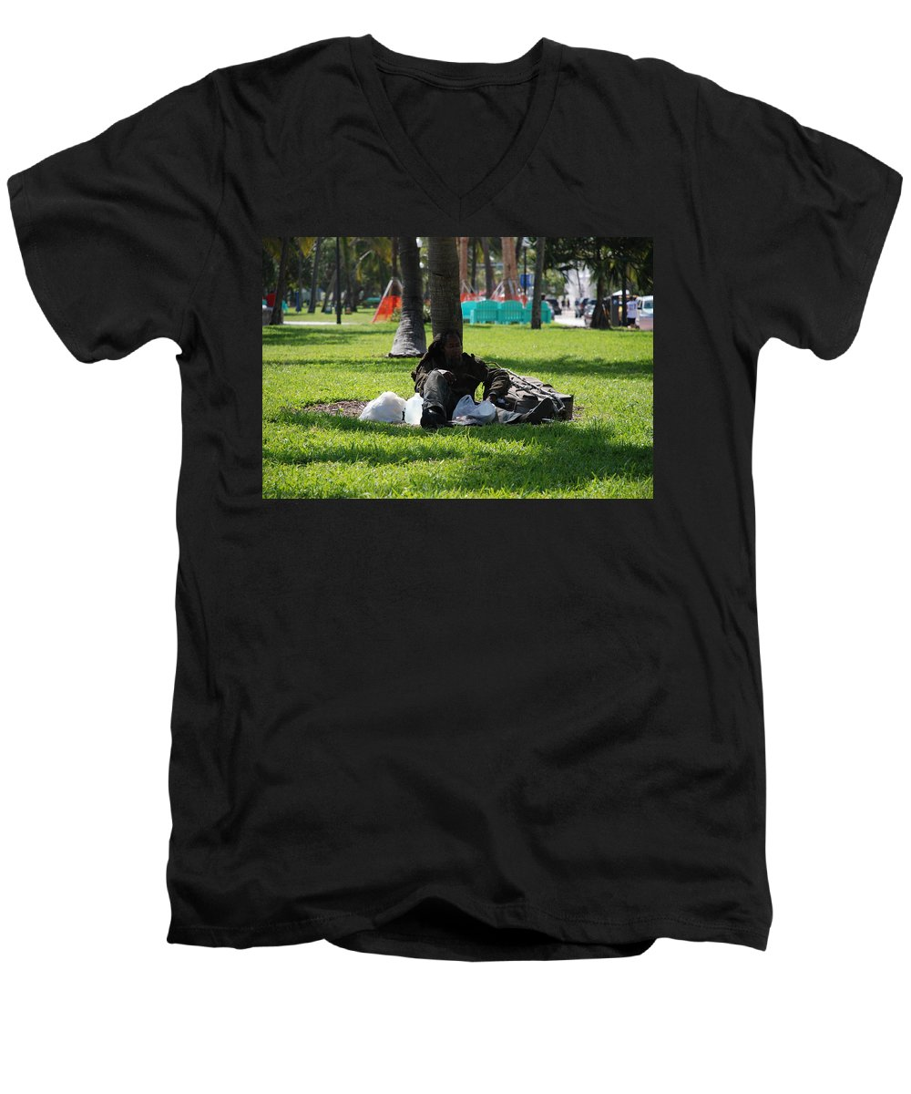 Urban Men's V-Neck T-Shirt featuring the photograph Rip Van Winkle by Rob Hans