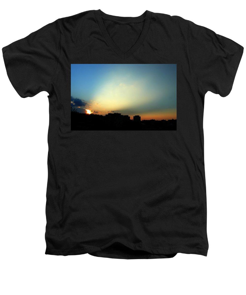 Nature Men's V-Neck T-Shirt featuring the photograph Spotlight by Daniel Csoka
