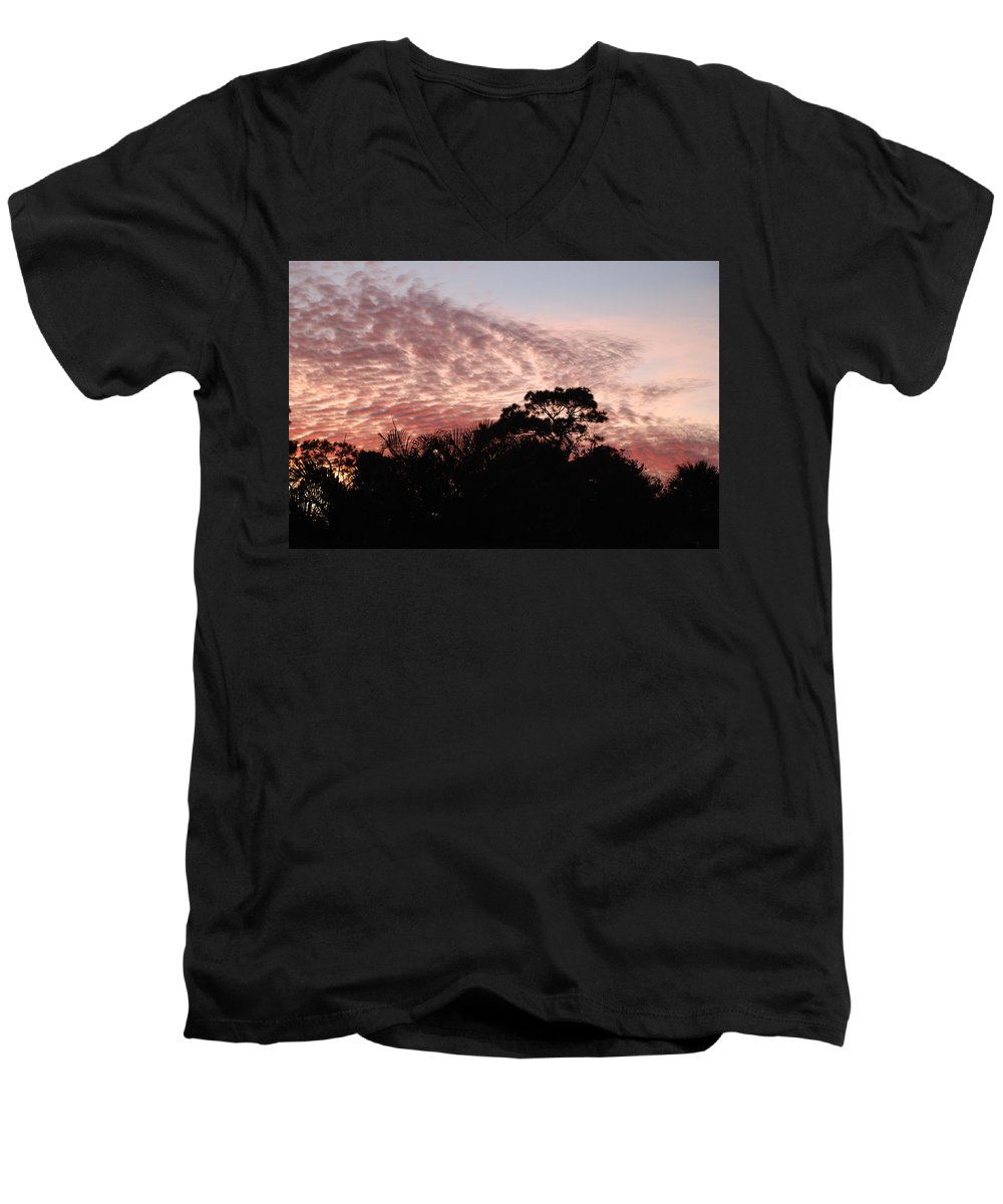 Sky Men's V-Neck T-Shirt featuring the photograph Thanksgiving Sky by Rob Hans