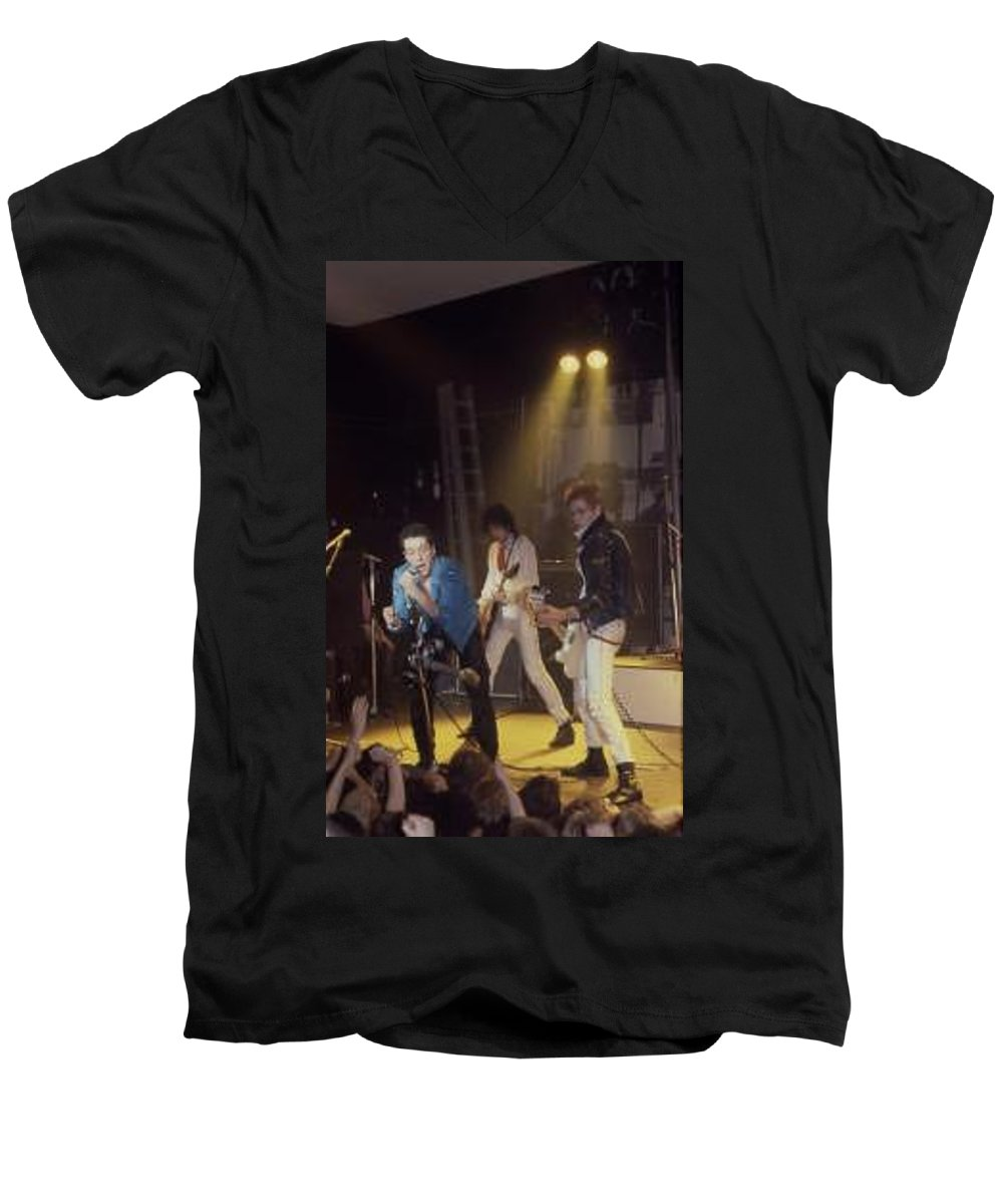 The Clash-london 1978 Photo By Dawn Wirth-copyrighted Men's V-Neck T-Shirt featuring the photograph The Clash-london - July 1978 by Dawn Wirth