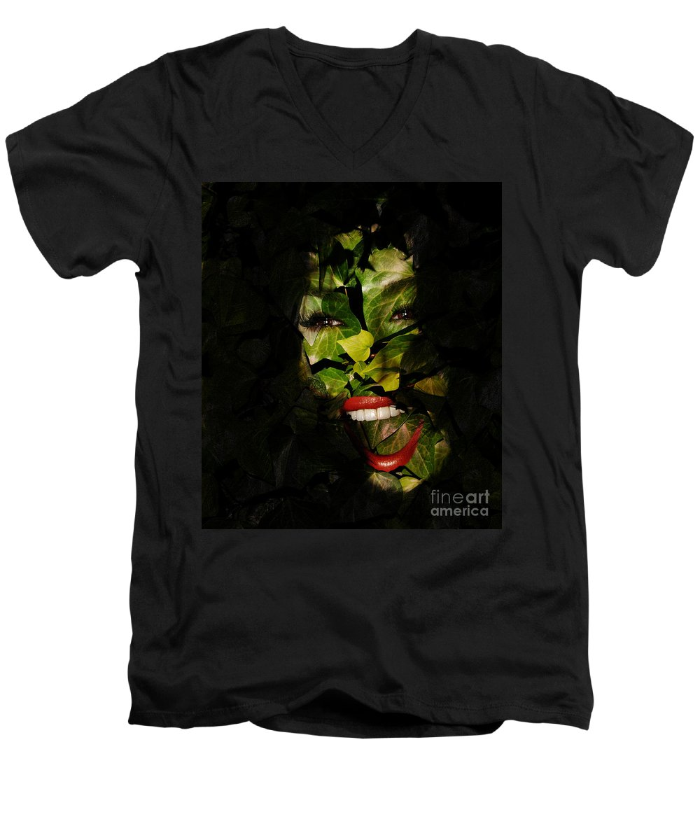 Clay Men's V-Neck T-Shirt featuring the photograph The Eyes Of Ivy by Clayton Bruster