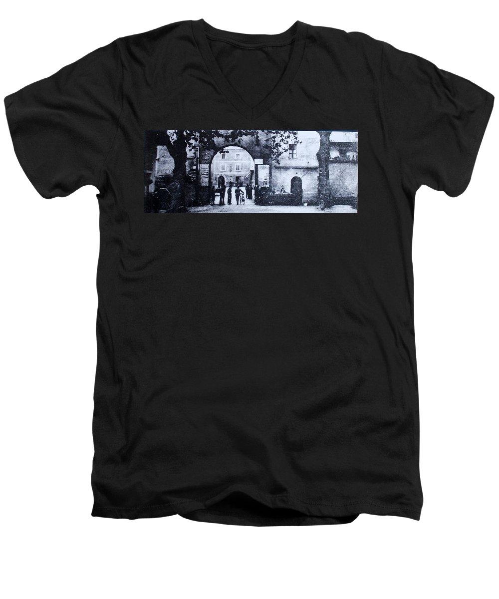 Tuscany Men's V-Neck T-Shirt featuring the photograph Villafranca by Kurt Hausmann