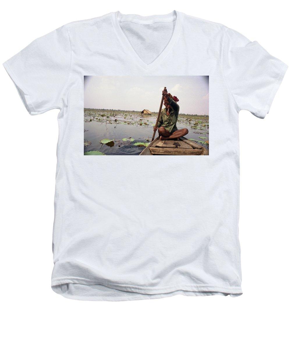 Cambodia Men's V-Neck T-Shirt featuring the photograph Boatman - Battambang by Patrick Klauss