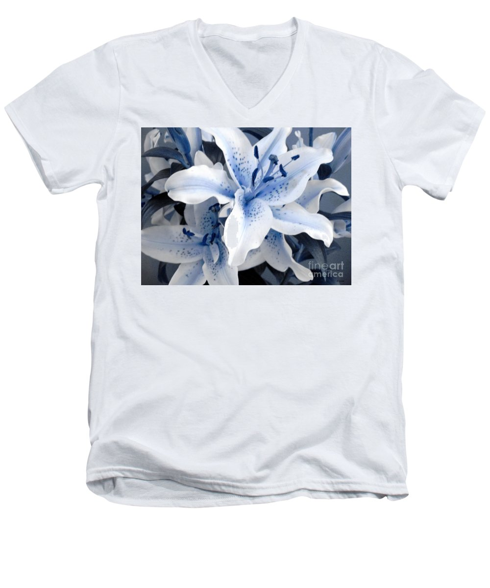 Blue Men's V-Neck T-Shirt featuring the photograph Freeze by Shelley Jones