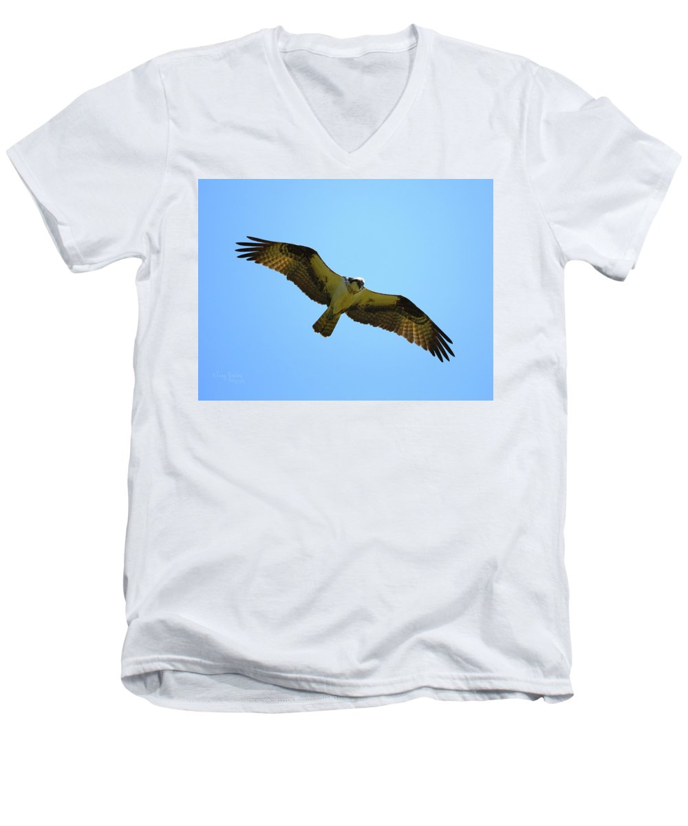 Men's V-Neck T-Shirt featuring the photograph In Coming by Tony Umana