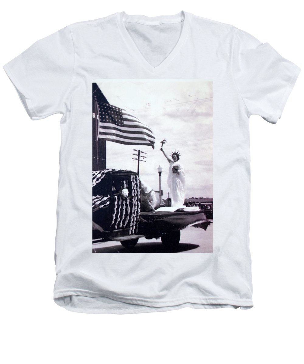 4th Of July Men's V-Neck T-Shirt featuring the photograph Lady Liberty by Kurt Hausmann