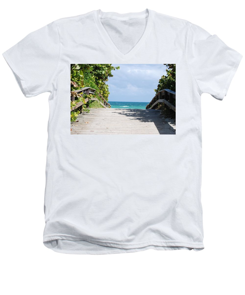 Sea Scape Men's V-Neck T-Shirt featuring the photograph Path To Paradise by Rob Hans