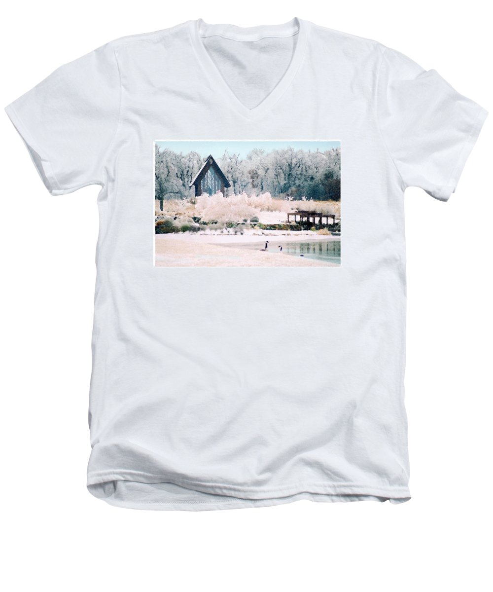 Landscape Men's V-Neck T-Shirt featuring the photograph Powell Gardens Chapel by Steve Karol