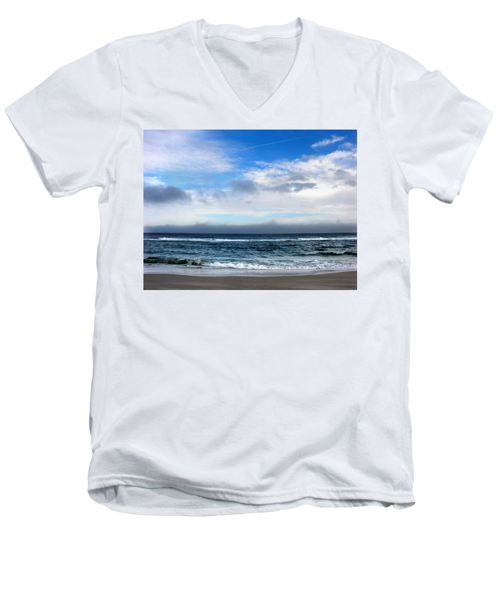 Seascape Men's V-Neck T-Shirt featuring the photograph Receding Fog Seascape by Steve Karol