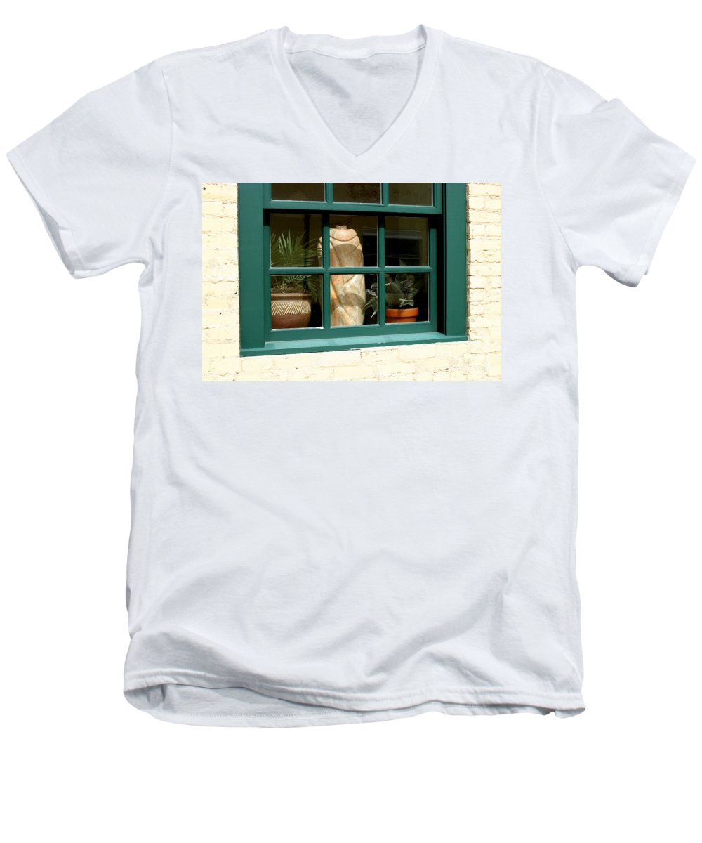Fern Men's V-Neck T-Shirt featuring the photograph Window At Sanders Resturant by Steve Augustin