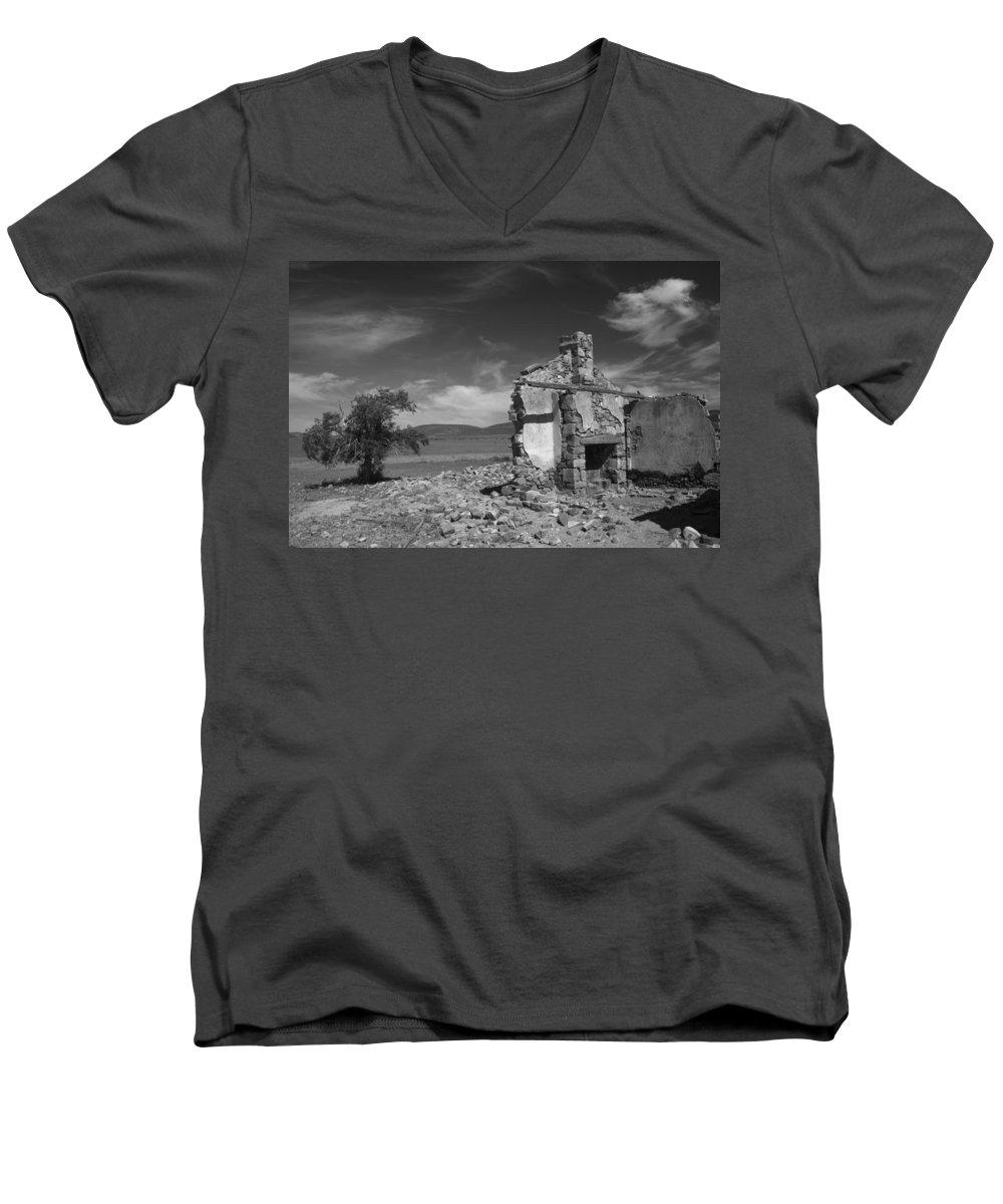 Cottage Men's V-Neck T-Shirt featuring the photograph Farmhouse Cottage Ruin Flinders Ranges South Australia by Ralph A Ledergerber-Photography