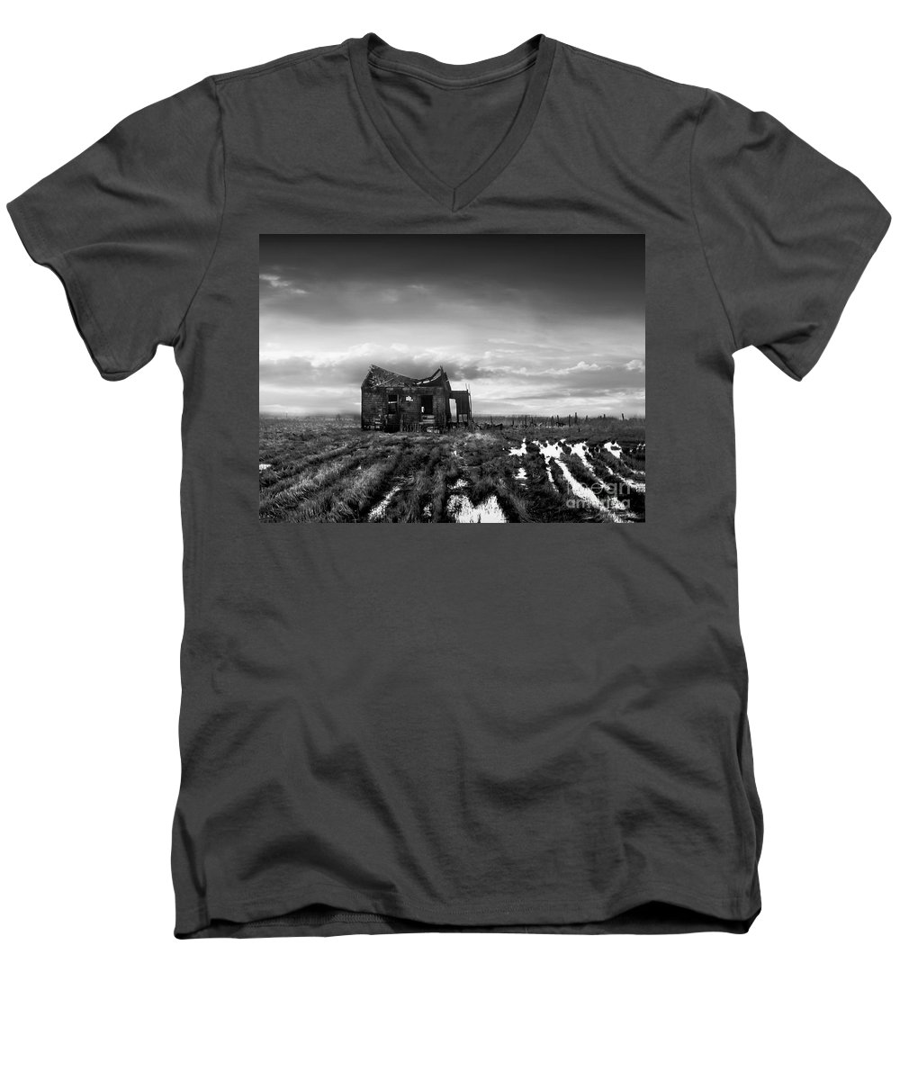 Architecture Men's V-Neck T-Shirt featuring the photograph The Shack by Dana DiPasquale