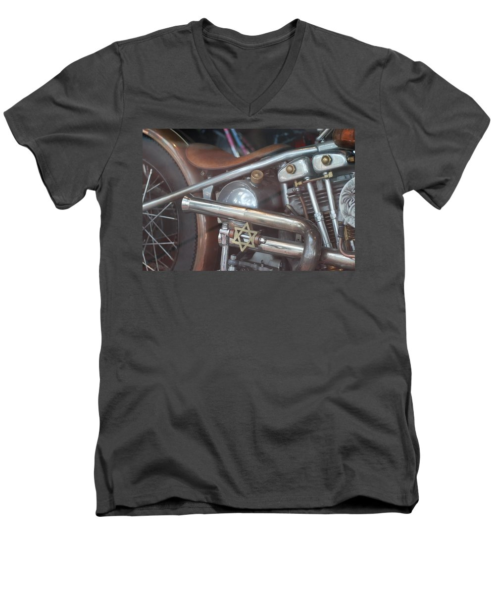 Motorcycle Men's V-Neck T-Shirt featuring the photograph Ami's Bike by Rob Hans