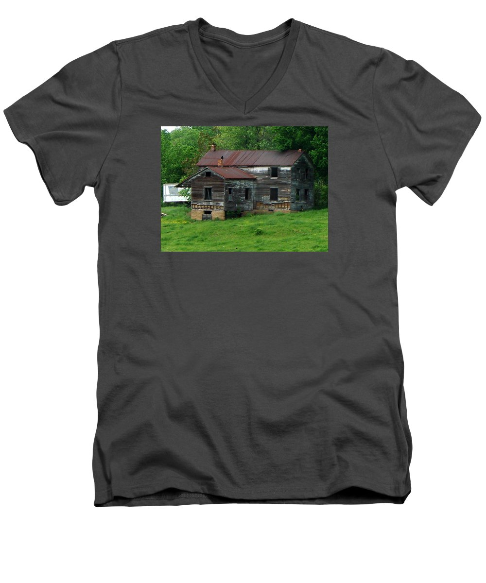 Oldhouse Men's V-Neck T-Shirt featuring the photograph Birds On Chimneys by J R  Seymour
