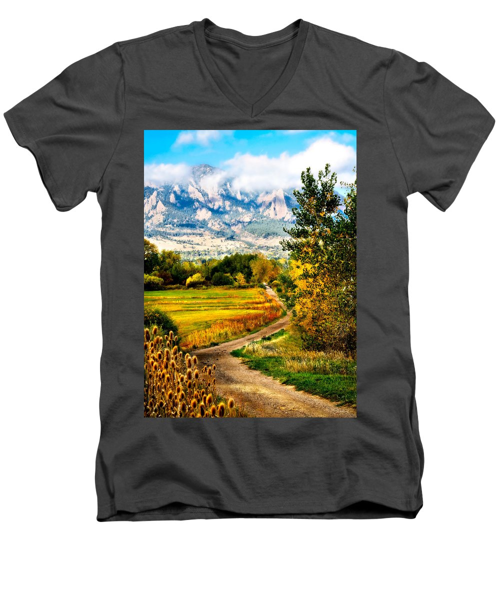 Americana Men's V-Neck T-Shirt featuring the photograph Clearly Colorado by Marilyn Hunt