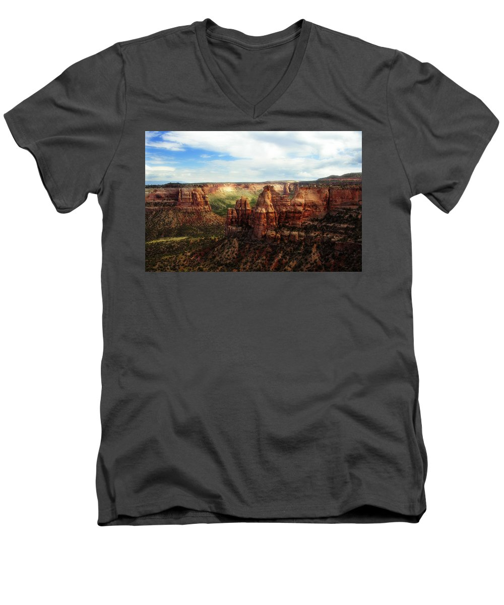 Americana Men's V-Neck T-Shirt featuring the photograph Colorado National Monument by Marilyn Hunt